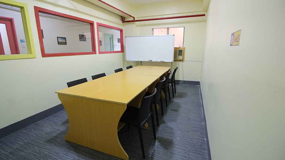 Phòng học nhóm lớn – Trường Anh ngữ IMS Banilad