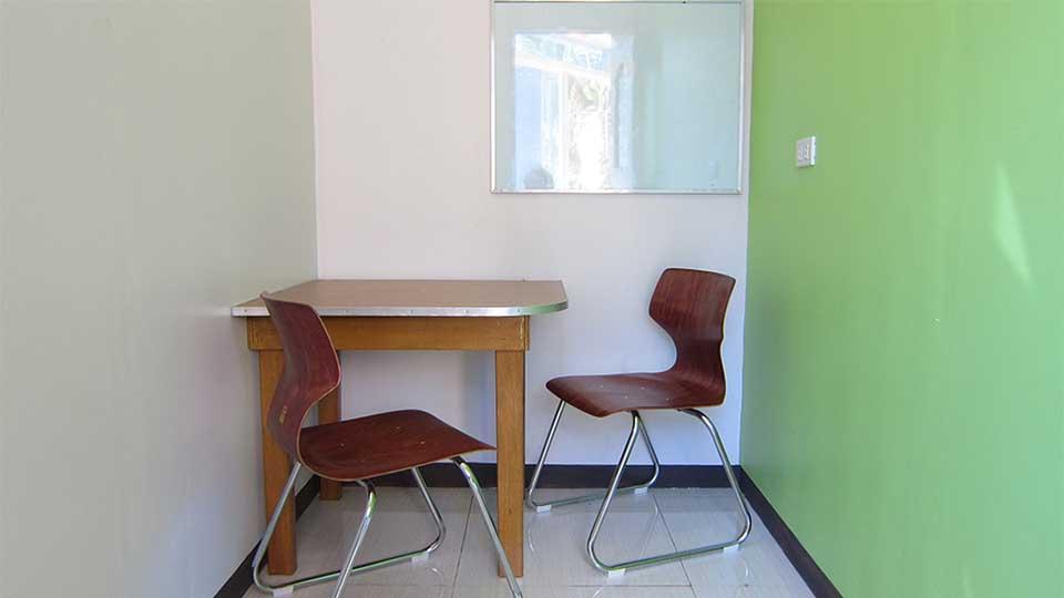Phòng học 1:1 – Trường Anh ngữ Pines Chapis