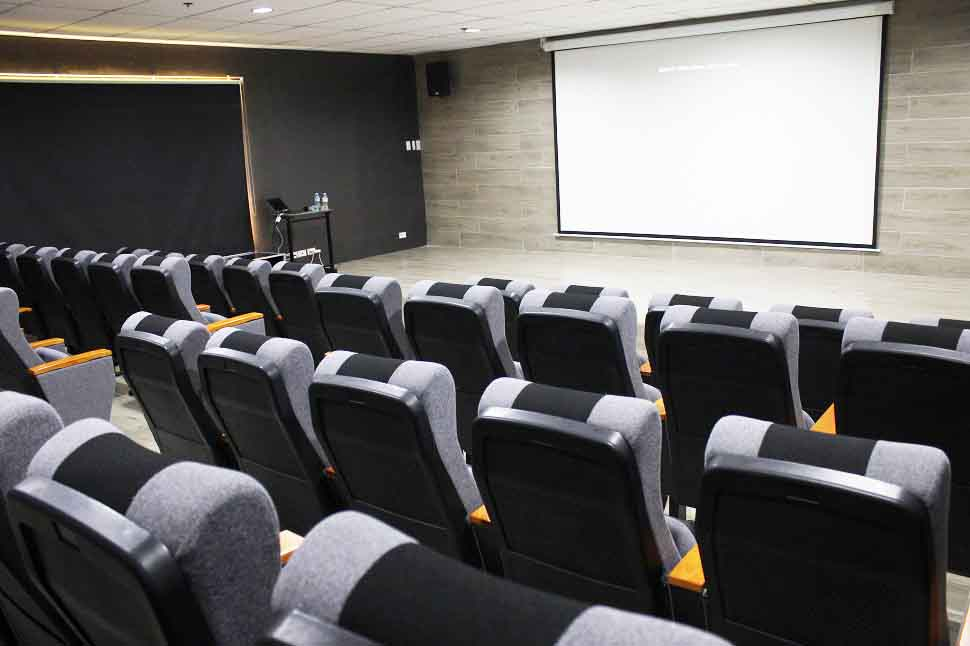 Phòng Auditorium - Trường anh ngữ EV Academy