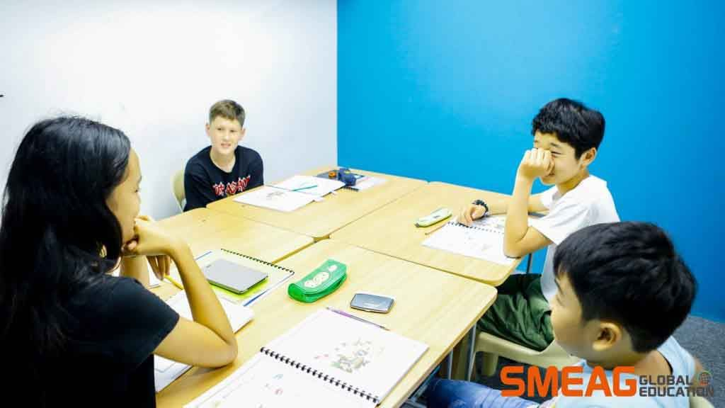 Trường Anh ngữ SMEAG - Lớp học 1:4