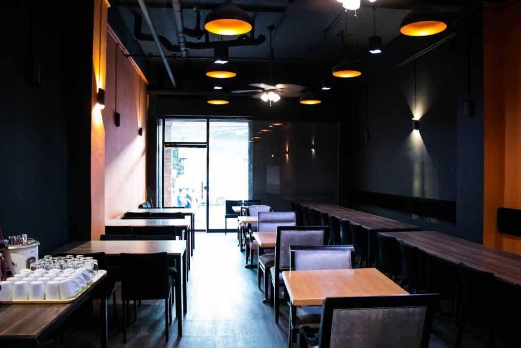 Khu cafe trong khu KTX AVC - Trường Anh ngữ NILS